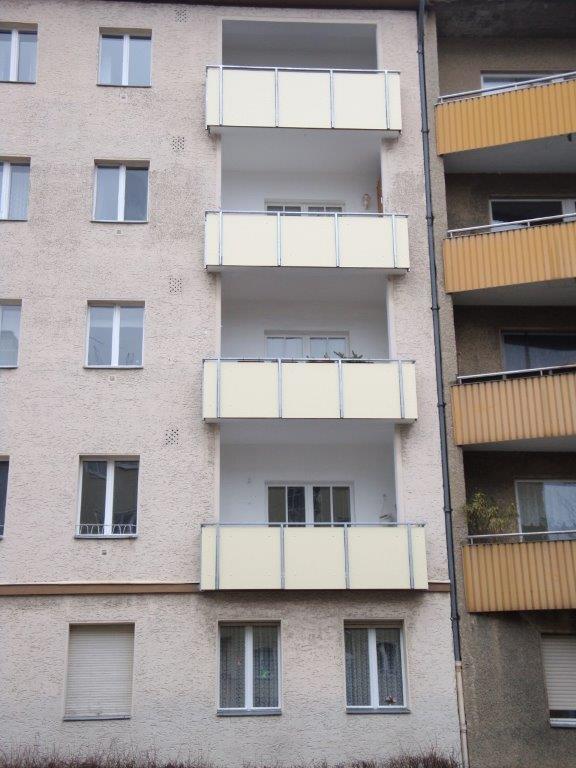 Balkonsanierung Kunststoff HPL Platten Berlin