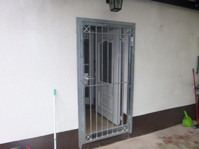 Gittertür 1-flüglig Enbruchsicherung