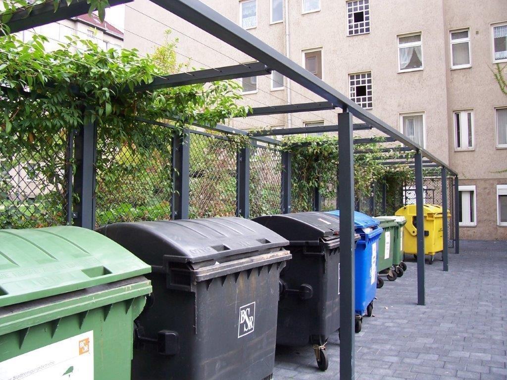 Müllplatz Rankanlage lackiert Ziesar