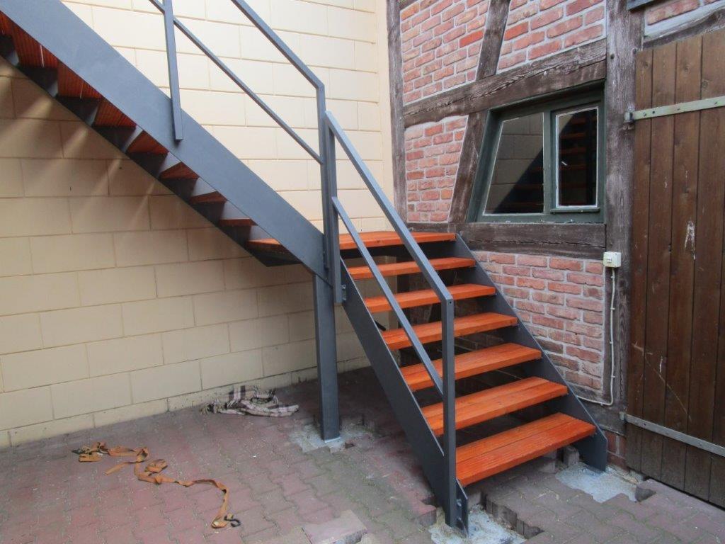 Außentreppe modern Ziesar Treppenbau